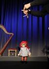 Marionette Manicka groß